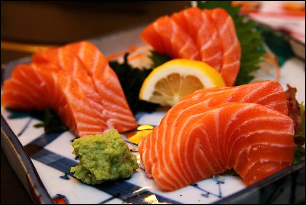 thừa cân béo phì không nên ăn cá hồi