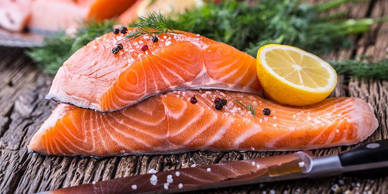 Cá hồi – Thực phẩm giàu dưỡng chất, thịt ngọt chắc rất dễ ăn