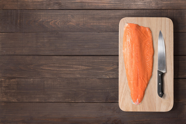 nguyên liệu sashami cá hồi