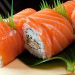 Mách bạn cách làm sushi cá hồi đơn giản, ngon khó cưỡng tại nhà