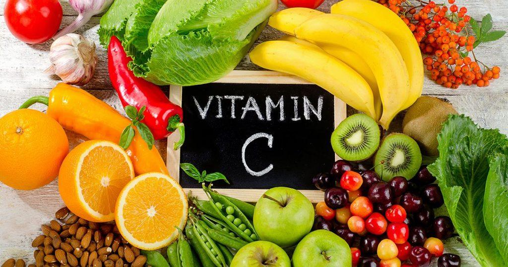 Hải sản kỵ các thực phẩm giàu Vitamin C