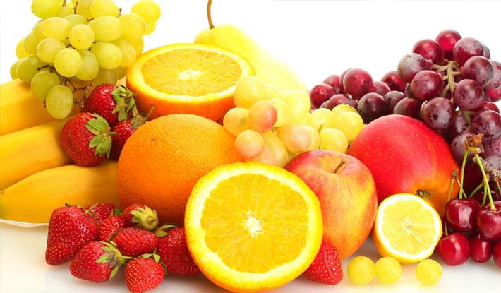 Không nên tráng miệng hoa quả giàu vitamin C sau ăn hải sản